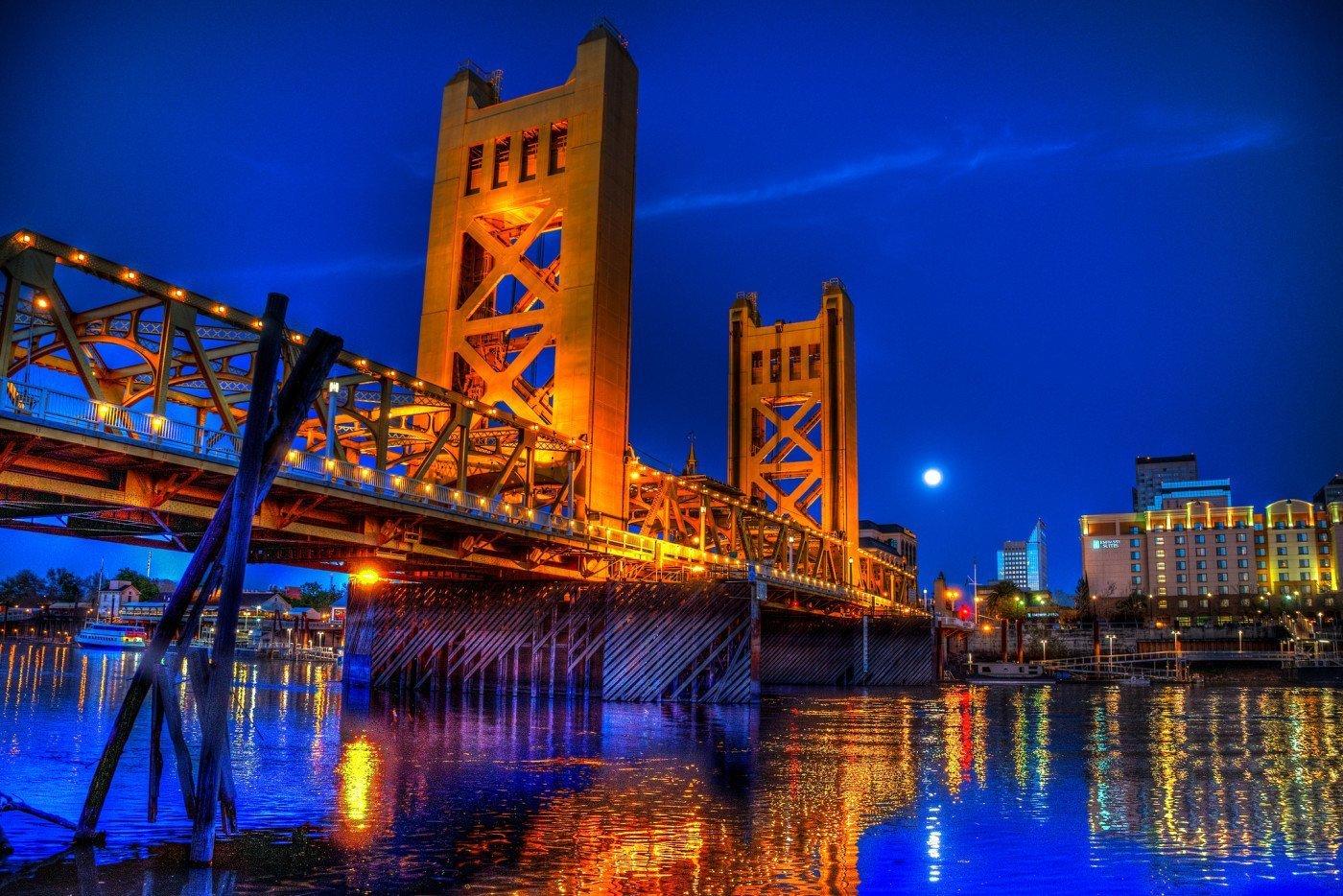 Sacramento at night