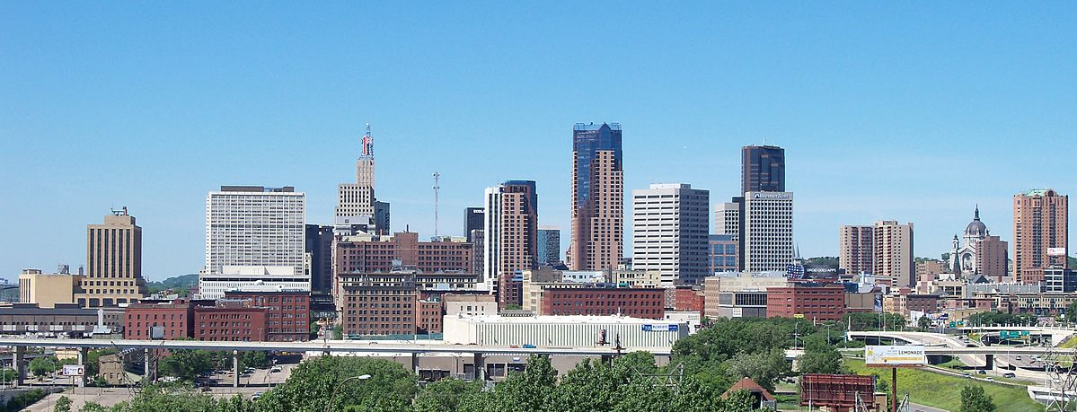 City Guide: Saint Paul, Minnesota Skyline