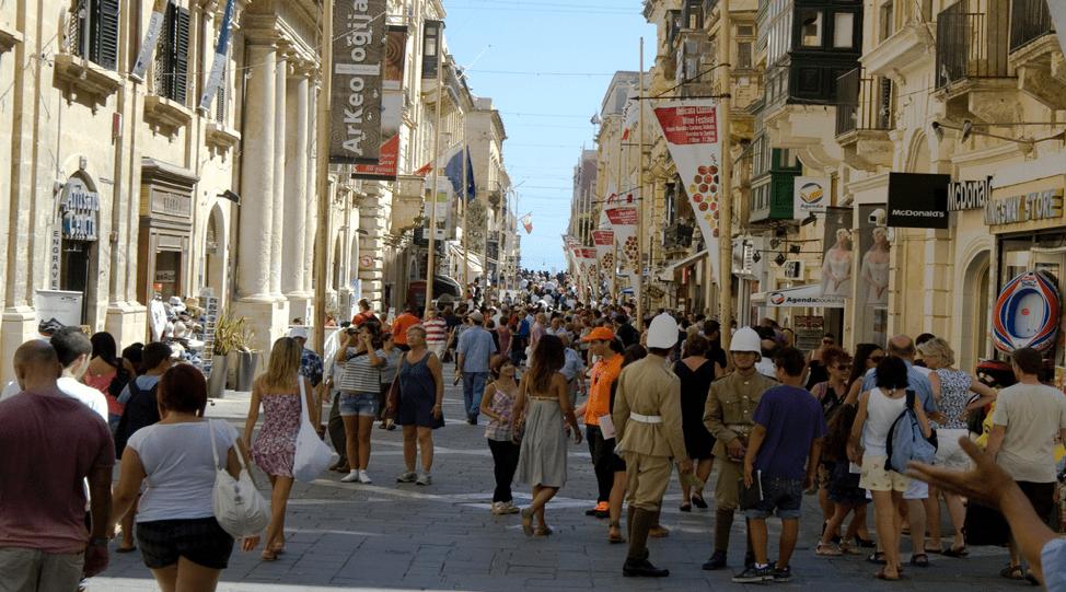 What to do in Valletta: Shopping in Valletta