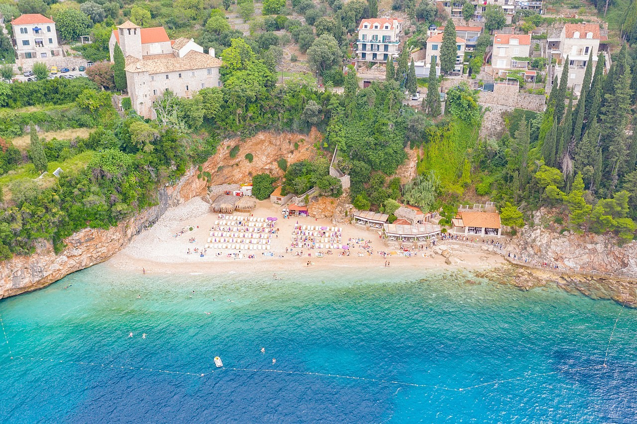 Best Beaches in Dubrovnik, Croatia: Sveti Jakov