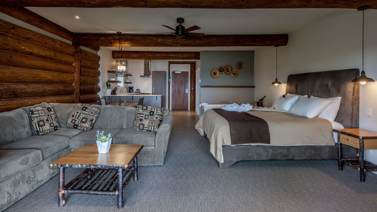 luxury resorts in british columbia: Tigh-na-Mara ocean studio cottage