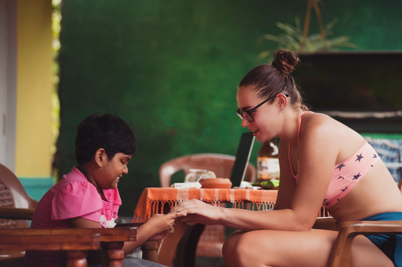 Workaway: Woman playing with child