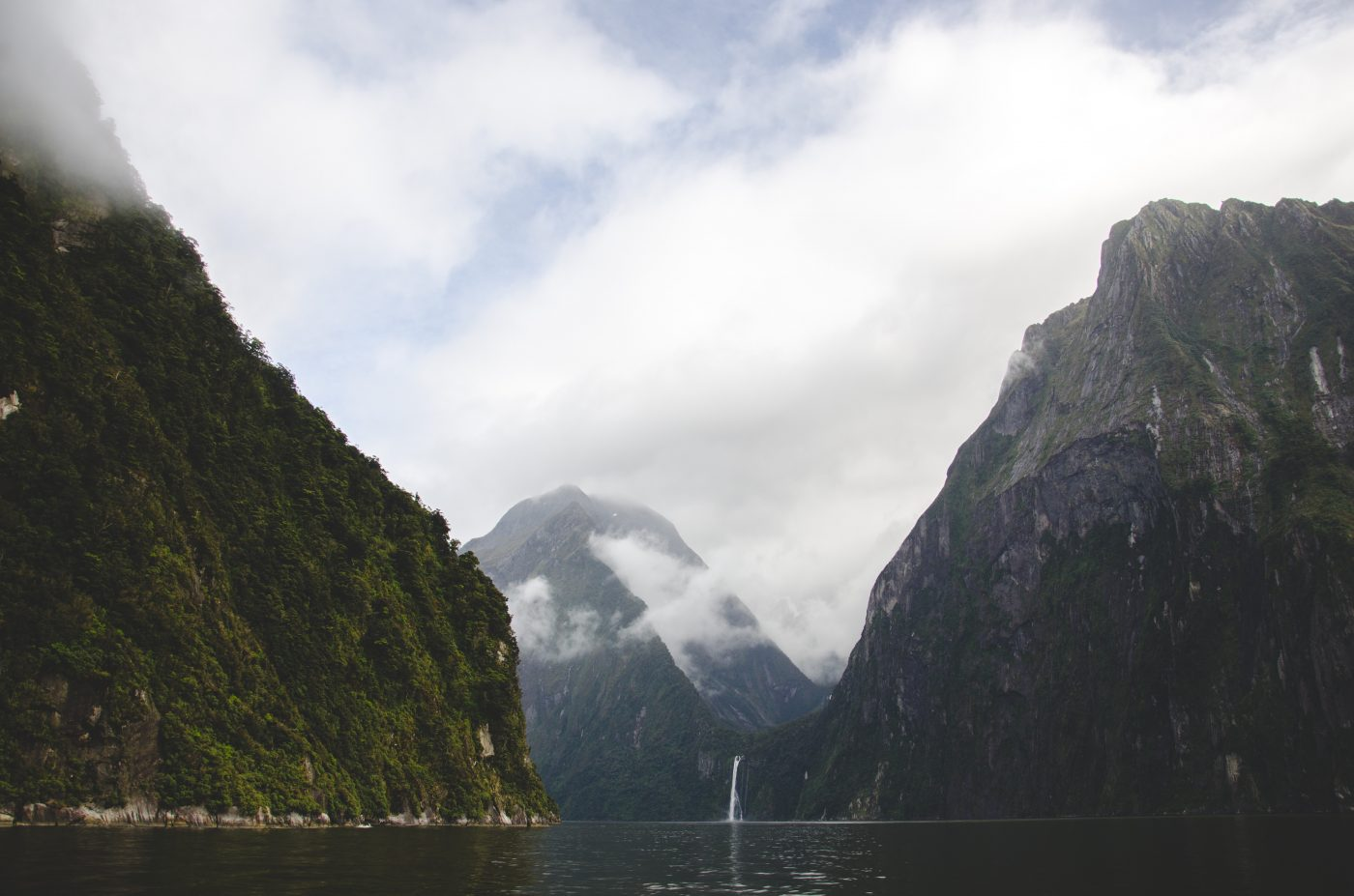 Things to do in New Zealand Include Milford Sound