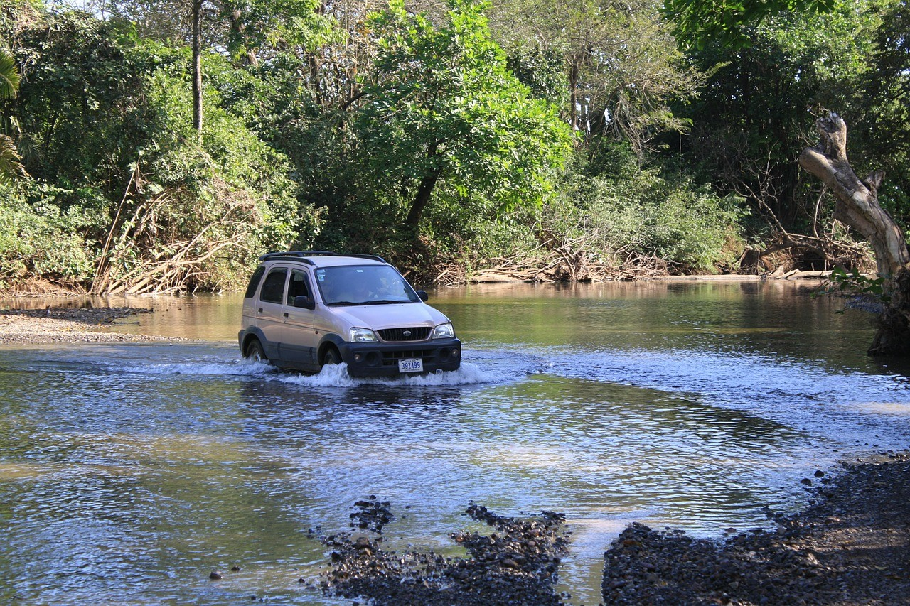 Costa Rica honeymoon, car hire