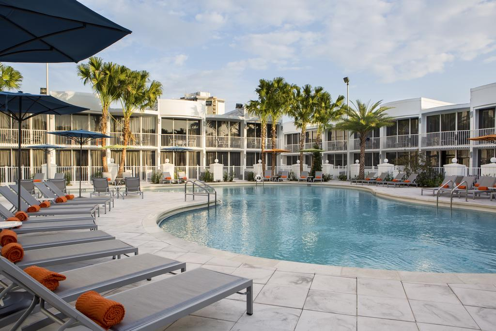 What to do in Orlando: The Pool at B Resort and Spa. Photo by B Resort and Spa.