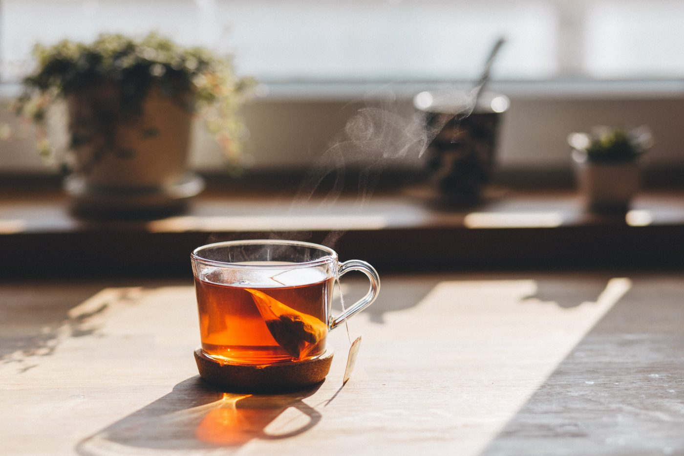 Organic tea brands: Delicious steaming cup of tea