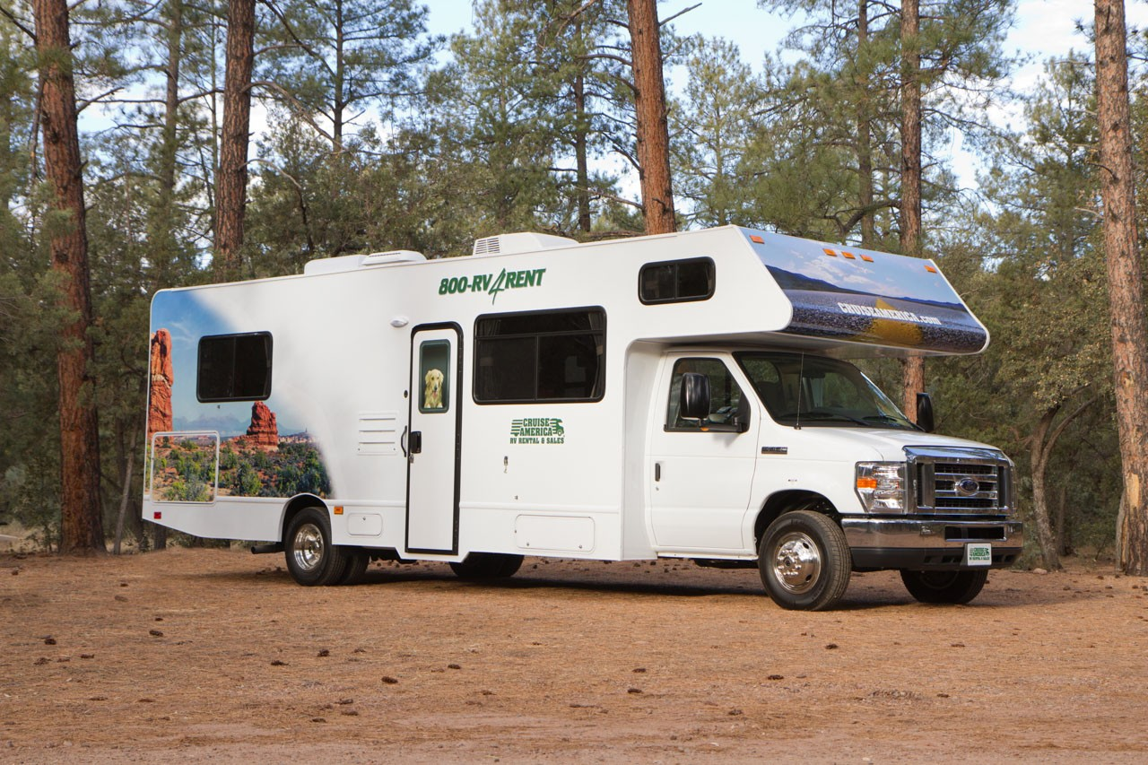 Cruise America C30 RV