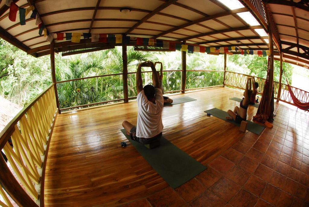 hostel santa teresa costa rica: Yoga studio at Casa Zen Guesthouse, Santa Teresa. Photo by Casa Zen Guesthouse.