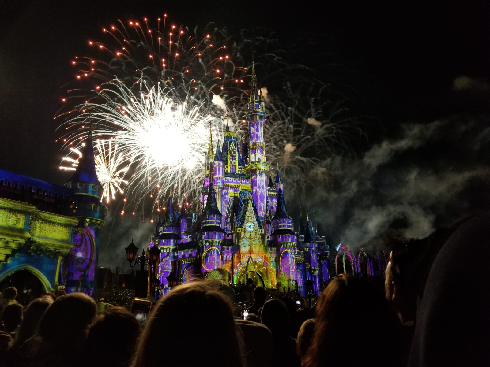 What to do in Orlando: Fireworks at the Disney Castle
