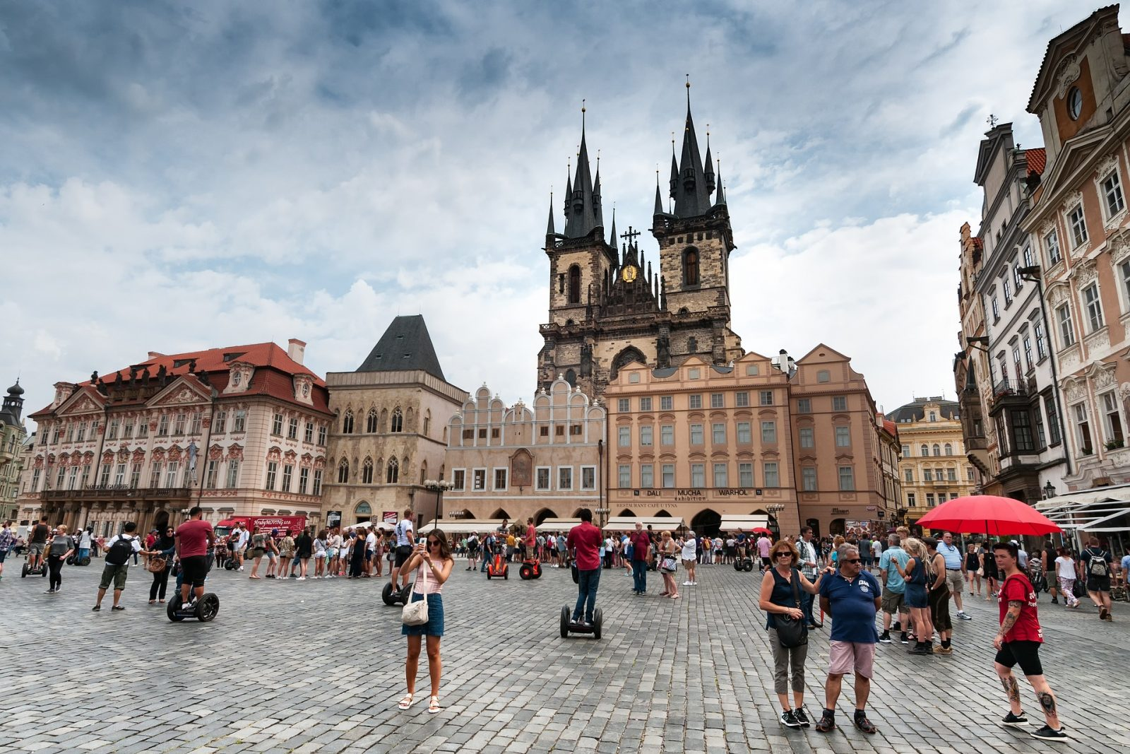 Europe Itinerary: Old Town in Prague