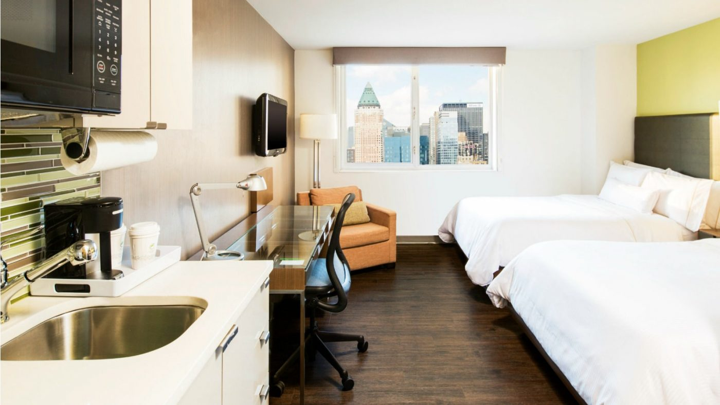 Eco-Friendly Hotels New York City: Double room at Element Hotel