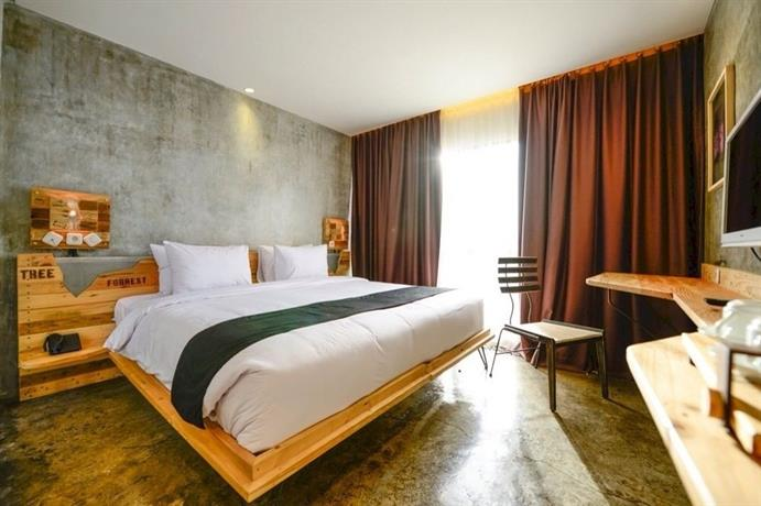 Borobudur Sunrise Tour: A double room at the beautiful Greenhost Boutique. Photo by Greenhost Boutique.