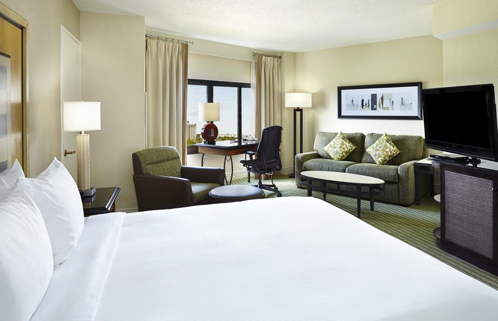 What to do in Orlando: Room at the Hilton Orlando Lake Buena Vista. Photo by Hilton Hotels.