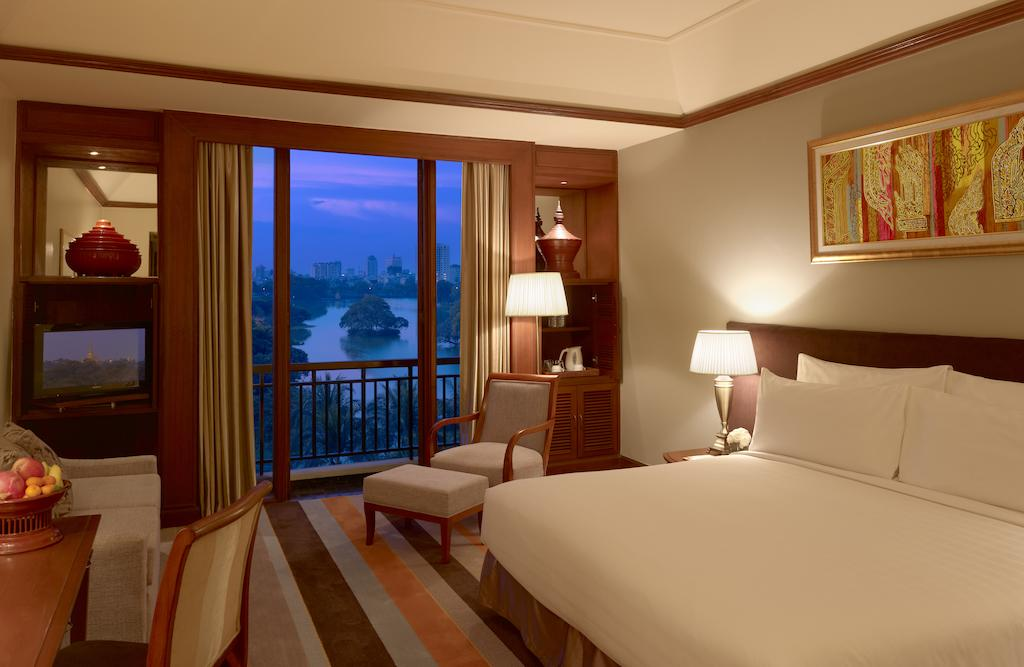 3 days in Yangon: Room at the Hotel Chatrium in Yangon. Photo by Hotel Chatrium