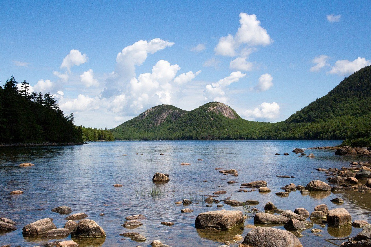 Romantic Getaways in USA for Sustainable Travelers - Bar Harbour Maine