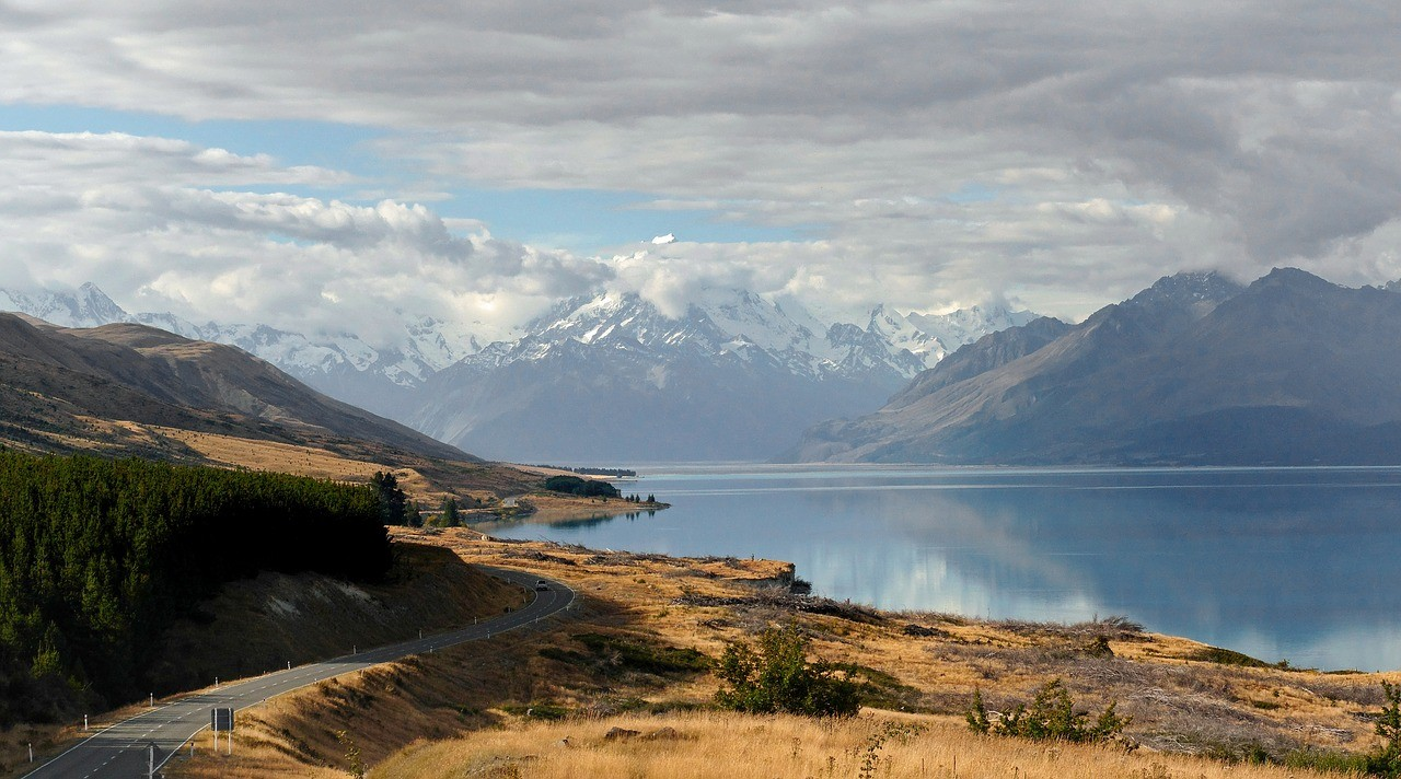 Things to do in New Zealand: Lake Pukaki & Mount Cook in New Zealand