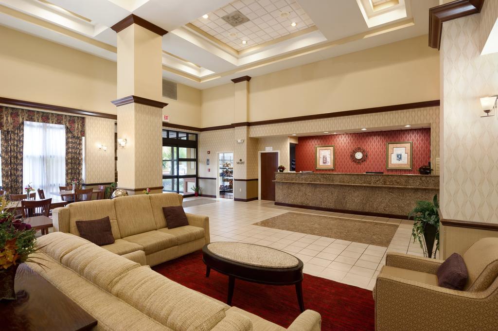 What to do in Orlando: Lobby at the Ramada Orlando Hotel near the airport. Photo by Ramada Hotel.