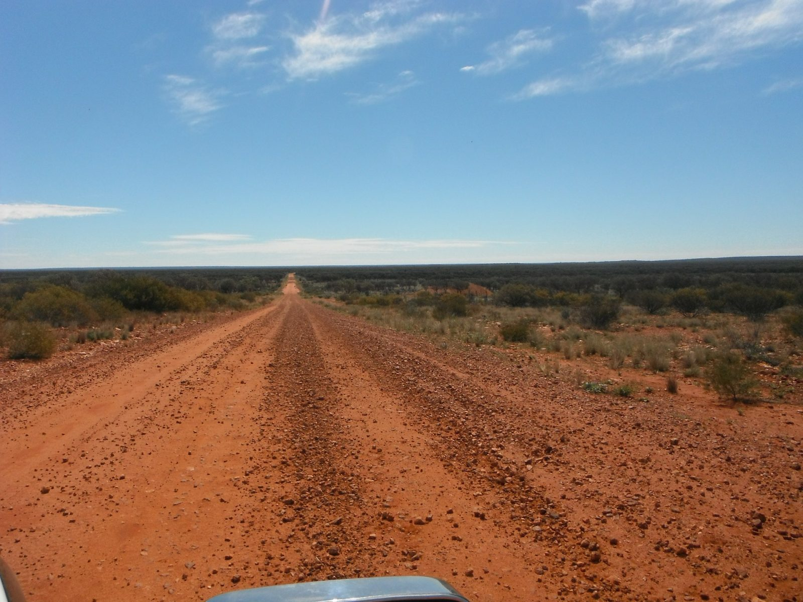 Uluru tour: Outback road