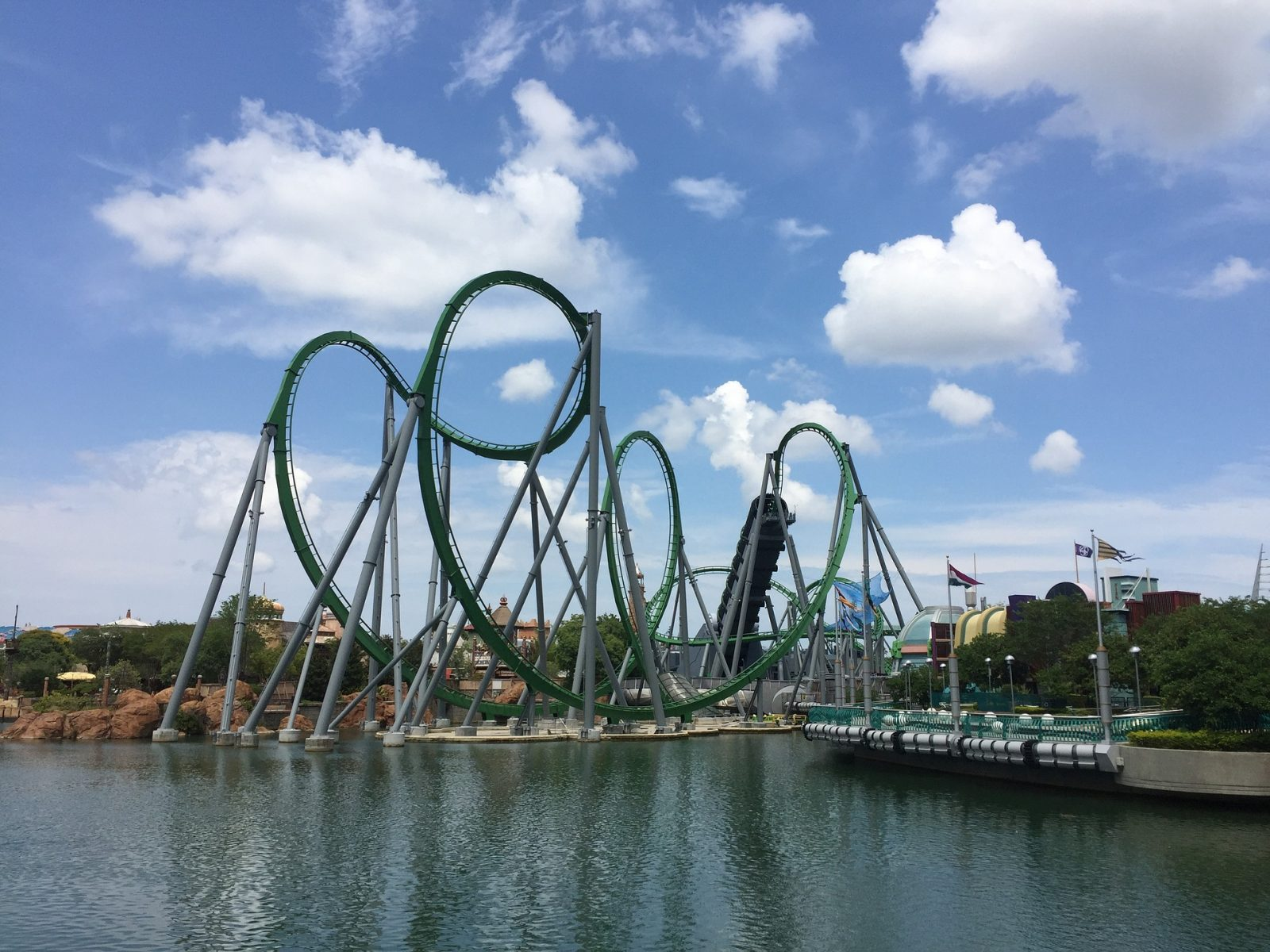 What to do in Orlando: Rollercoaster at Universal Studios