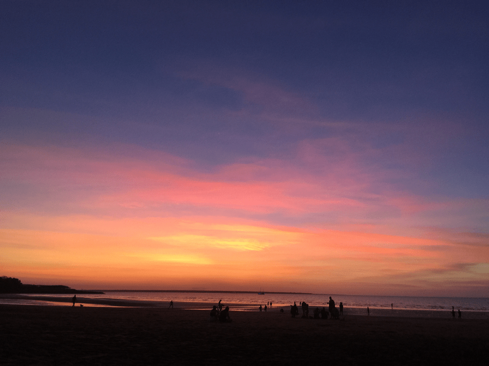 What to do in Darwin: Mindil Beach