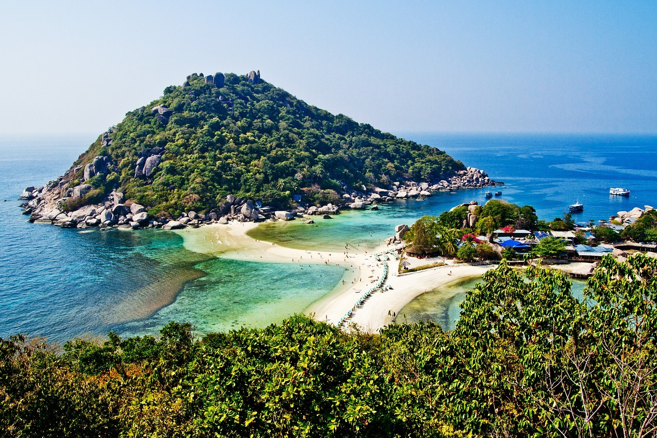Koh Tao, Thailand Contributed by Campbell and Alya from Stingy Nomads
